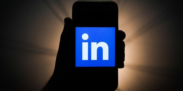 Does Your LinkedIn Connection Approach Work?